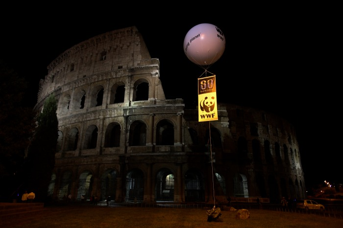 Colosseum_Earth_Hour